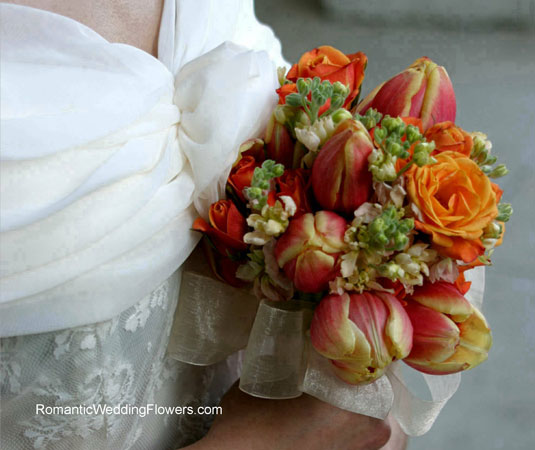 orange rose tulip bouquet