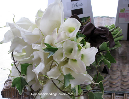 White calla and ivy brides bouquet