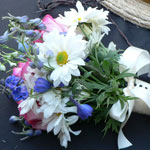 Thumbnail image for 31 Days: Country Daisy Mum Bouquet {Day 16}