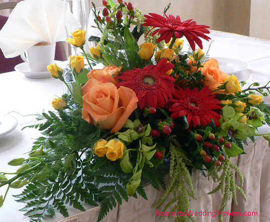 head table arrangement fall colors