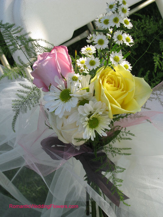rose and spray aster pew bouquet