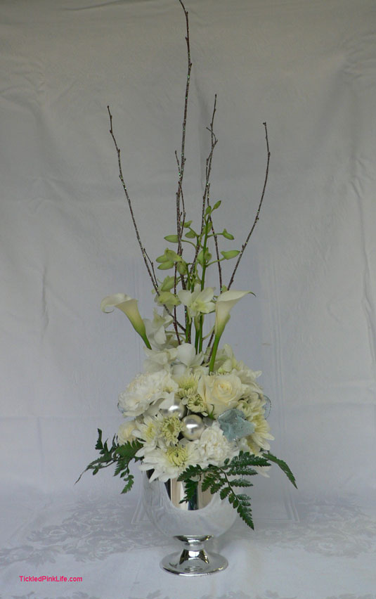 White winter wonderland christmas floral arrangement