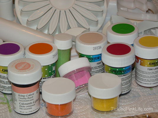 cake decorating fondant color