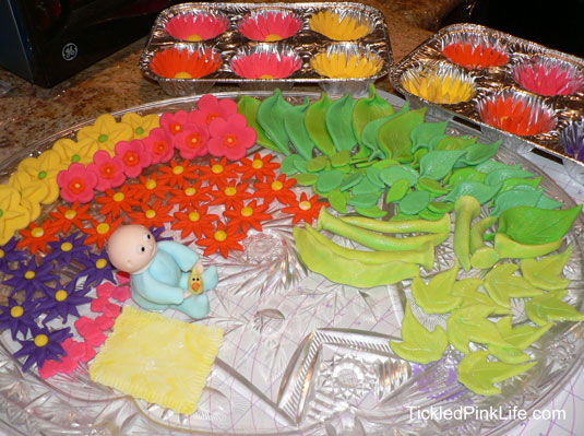 cake decorating fondant baby flowers