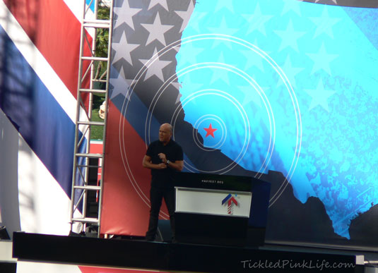 Pastor Greg Laurie Harvest America 2012 Angel Stadium