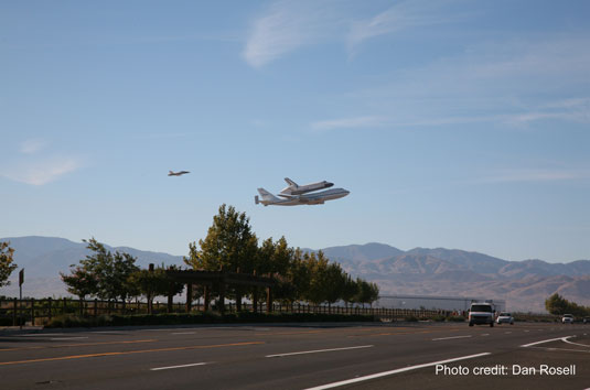 shuttle Endeavour low flyby Plant 42 Palmdale