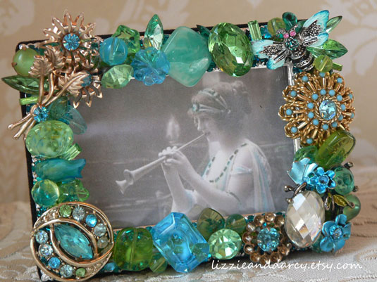vintage jewelry picture frame lime tiffany blue